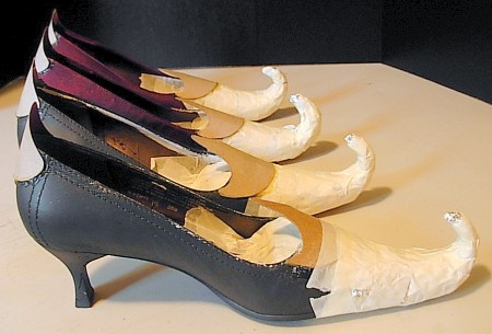 https://www.stepbystep.com/wp-content/uploads/2013/04/How-to-Make-Witch-Shoes-for-Halloween.jpg