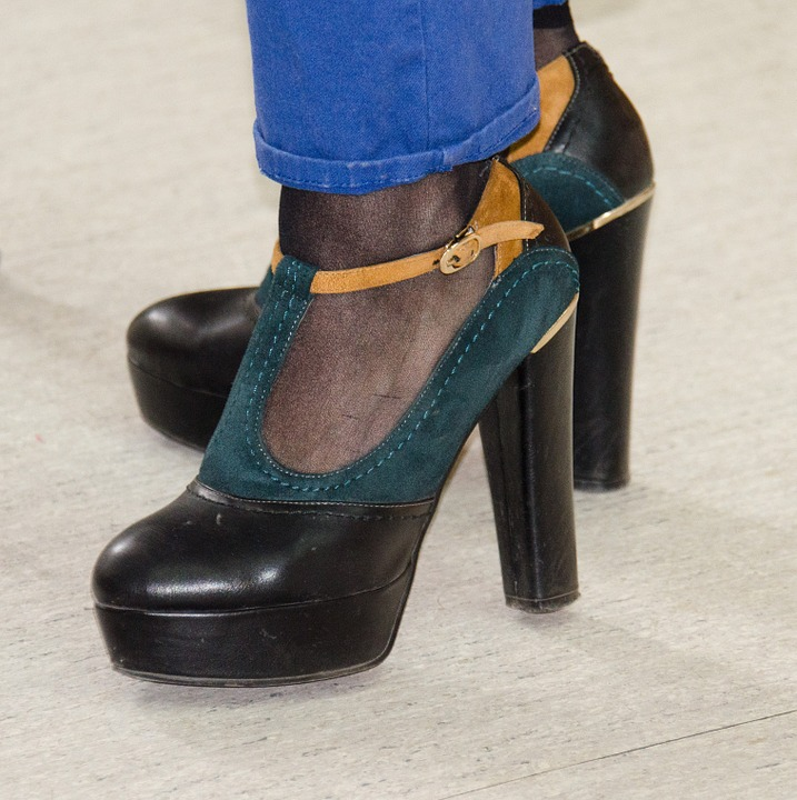 Footwear Fashion: 6 Shoe Styles for the New Year