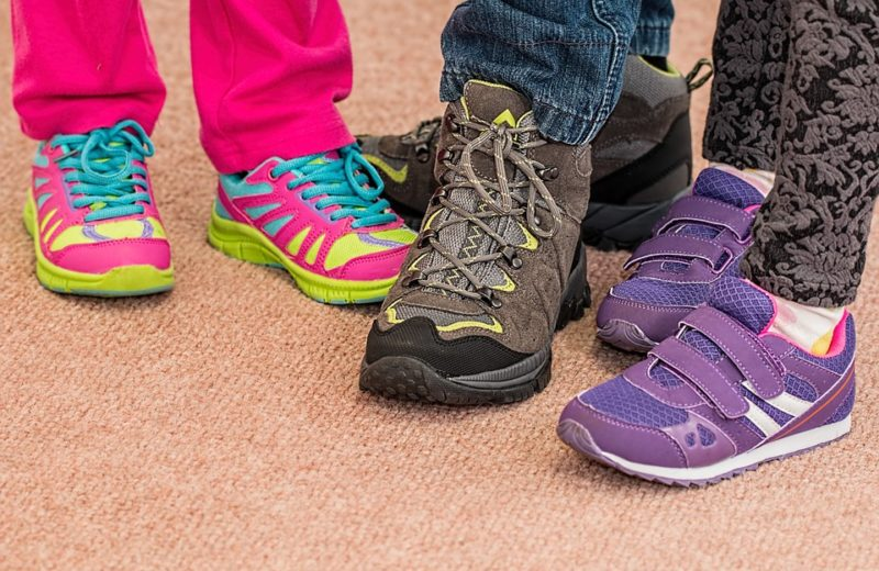 How to Buy Shoes for Kids