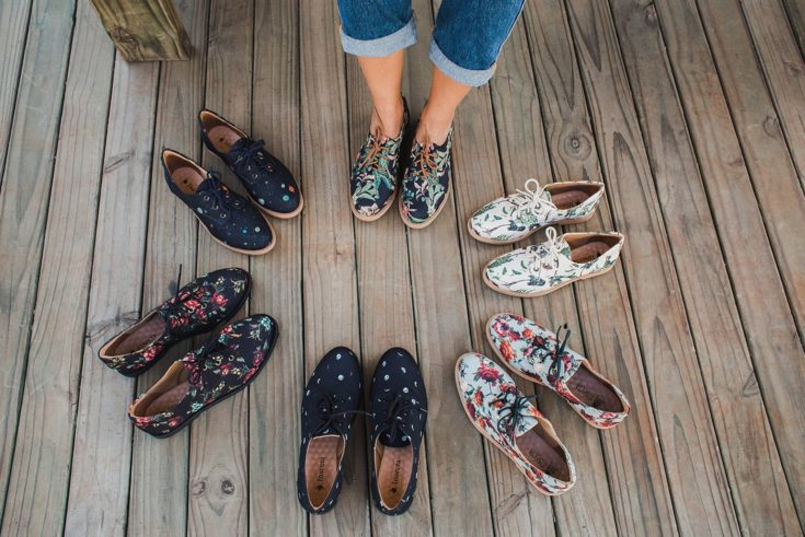 INSECTA MAKES SUSTAINABLE AND VEGAN SHOES