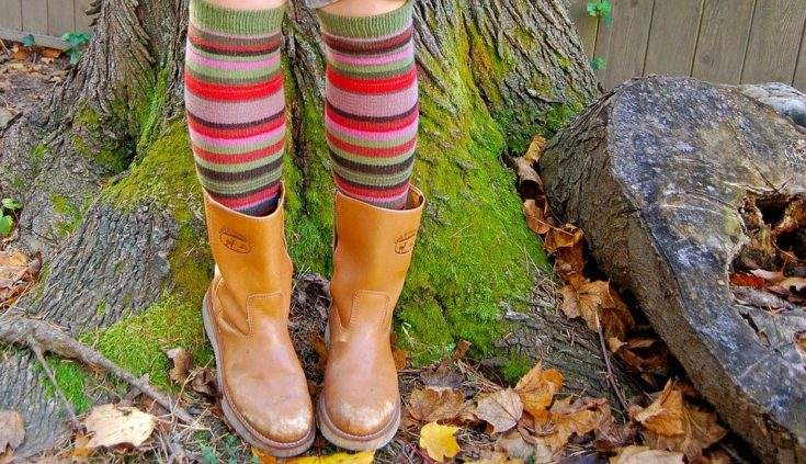 How To Choose Best Socks For Your Footwear